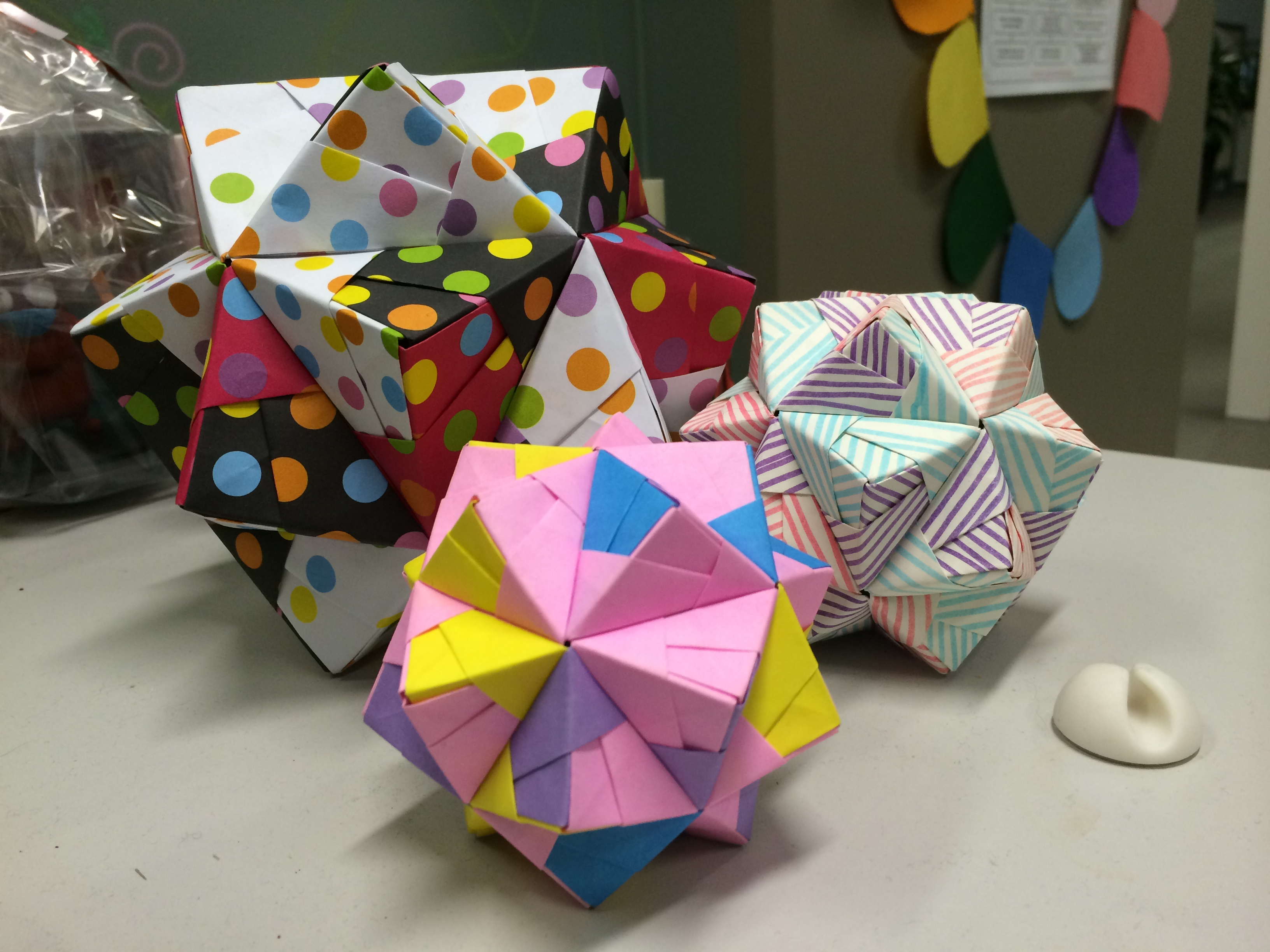 I Have Been Following Penguinorigami On Tumblr For A Little While Now And They Make Lot Of Pretty Modular Origami Pieces So Followed Link To
